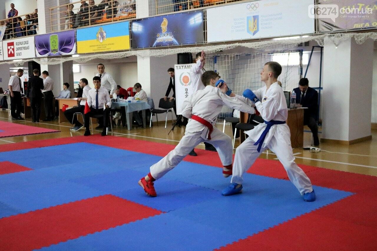 Каратисты Бахмута привезли с Чемпионата Украины 32 медали, фото-6
