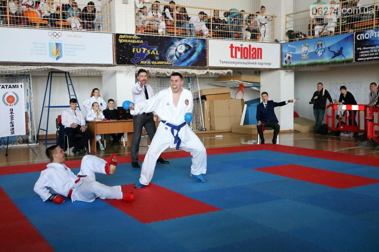 Каратисты Бахмута привезли с Чемпионата Украины 32 медали, фото-4