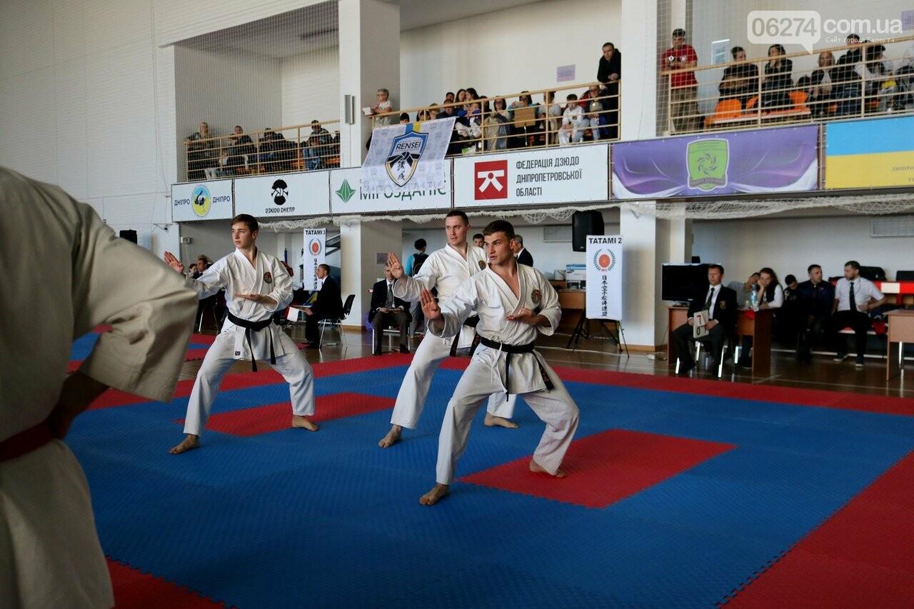 Каратисты Бахмута привезли с Чемпионата Украины 32 медали, фото-5