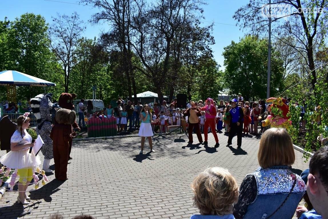 Бахмут встретил Первомай весельем и концертом (ФОТО), фото-24