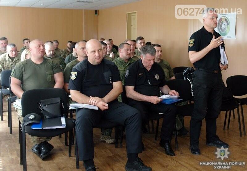 В Бахмуте представители руководства Нацполиции Украины и Донецкой области обсудили переоборудование блокпостов, фото-1