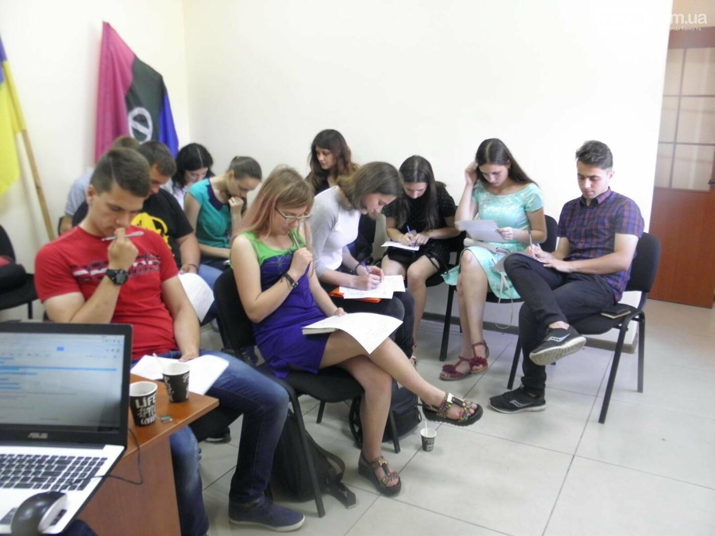 Координатор Школы волонтеров рассказала бахмутчанам, как стать социально полезными, фото-2