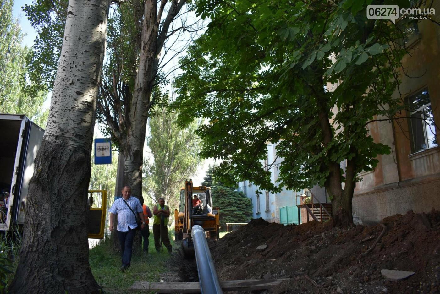 В Бахмуте продолжается реконструкция объектов инфраструктуры, фото-7