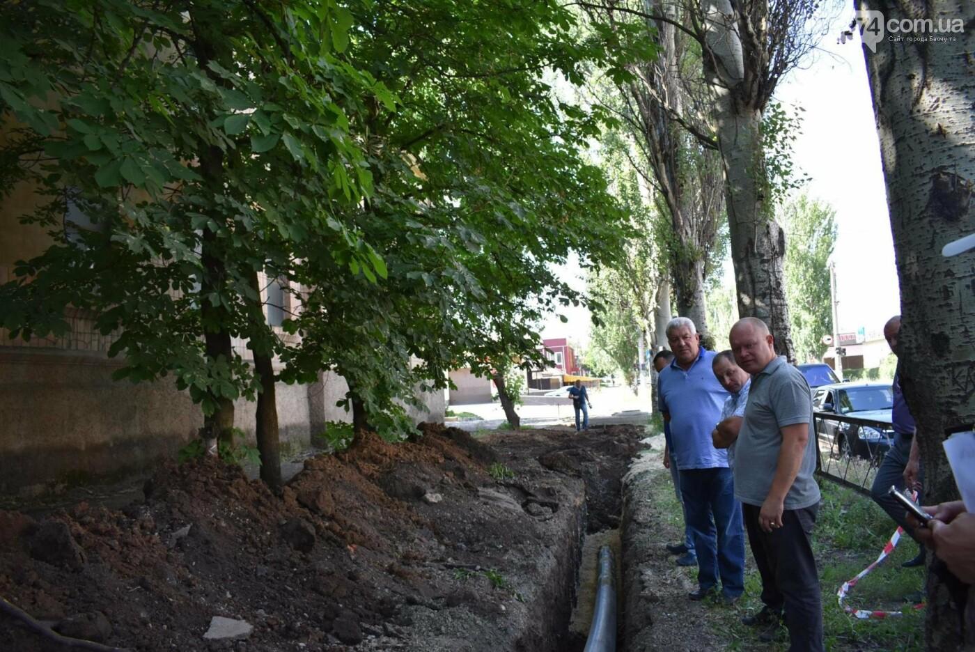 В Бахмуте продолжается реконструкция объектов инфраструктуры, фото-5