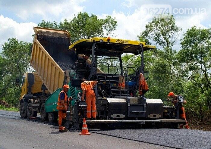 Продолжается капитальный ремонт международной трассы М-03 по маршруту Славянск - Бахмут, фото-3