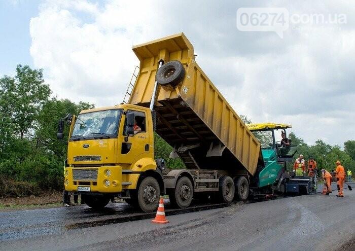 Продолжается капитальный ремонт международной трассы М-03 по маршруту Славянск - Бахмут, фото-1