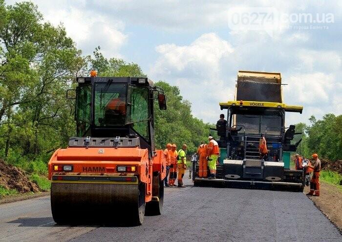 Продолжается капитальный ремонт международной трассы М-03 по маршруту Славянск - Бахмут, фото-2