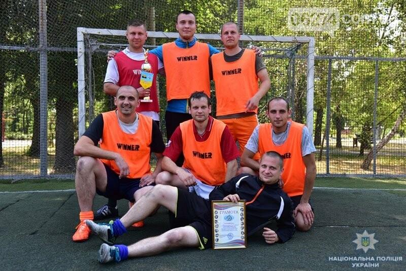 Первое место в турнире по мини-футболу среди силовиков Донетчины заняла команда полиции Бахмута, фото-4