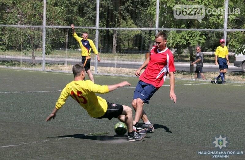 Первое место в турнире по мини-футболу среди силовиков Донетчины заняла команда полиции Бахмута, фото-2