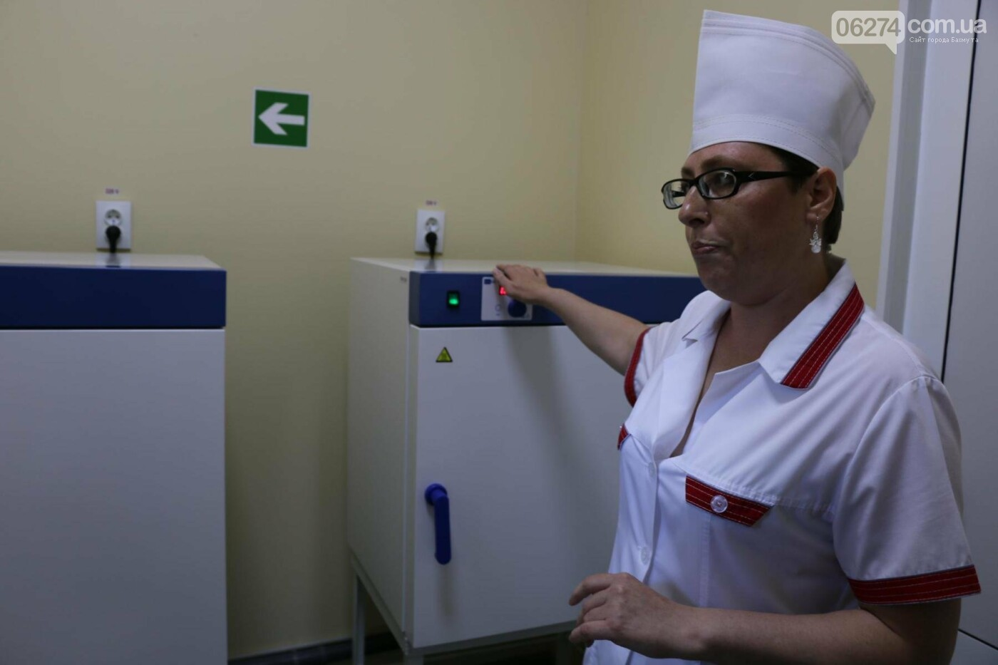 В Бахмуте презентовали современную бактериологическую лабораторию, фото-12