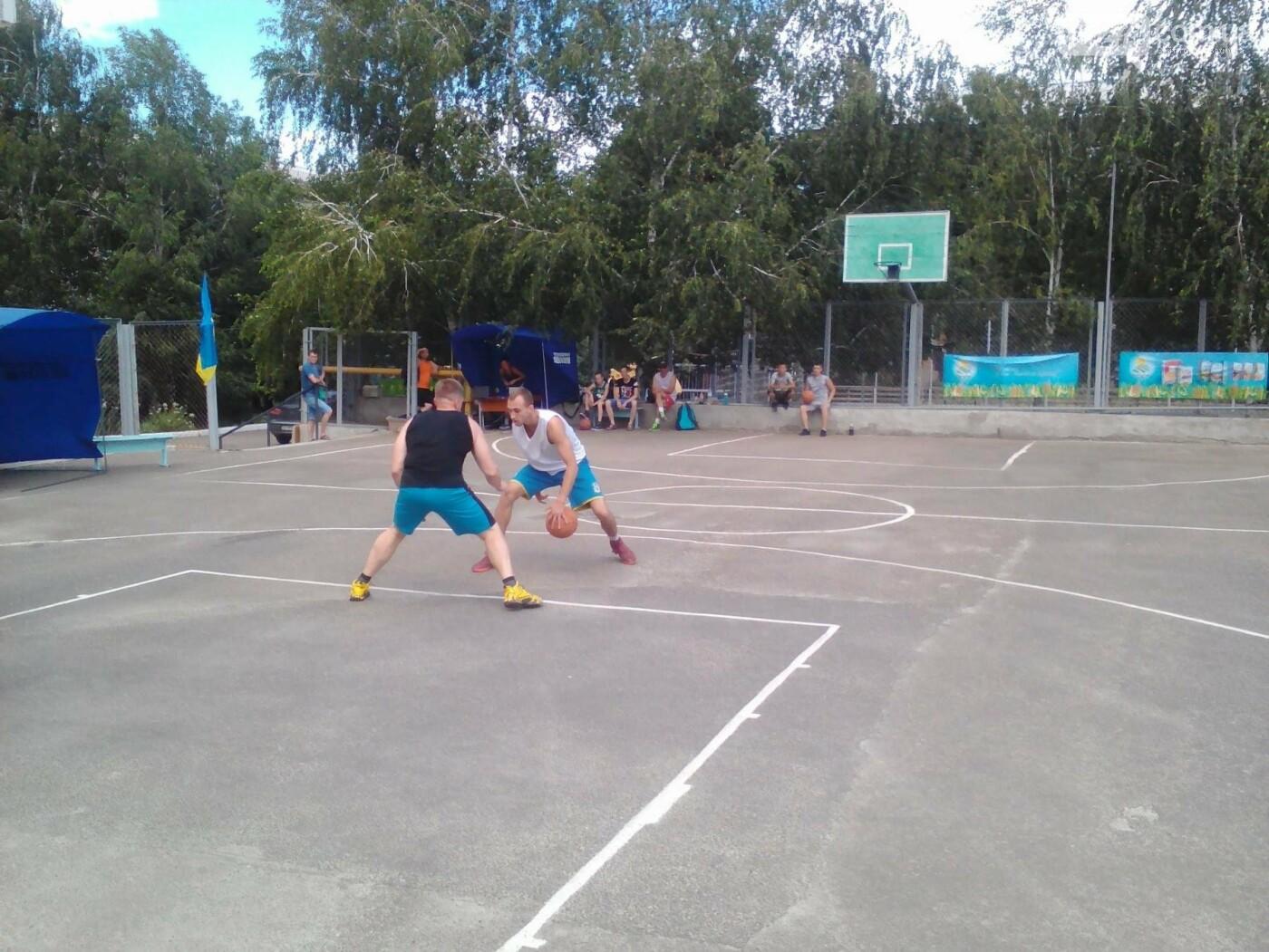 В Бахмуте прошел турнир по стритболу (ФОТО), фото-11