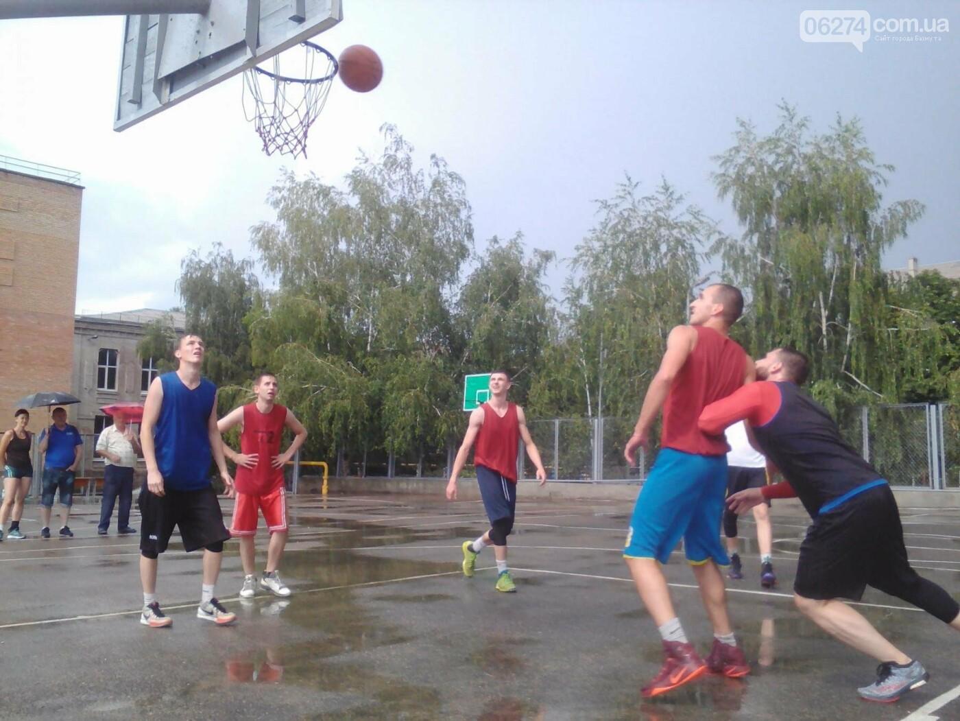 В Бахмуте прошел турнир по стритболу (ФОТО), фото-6