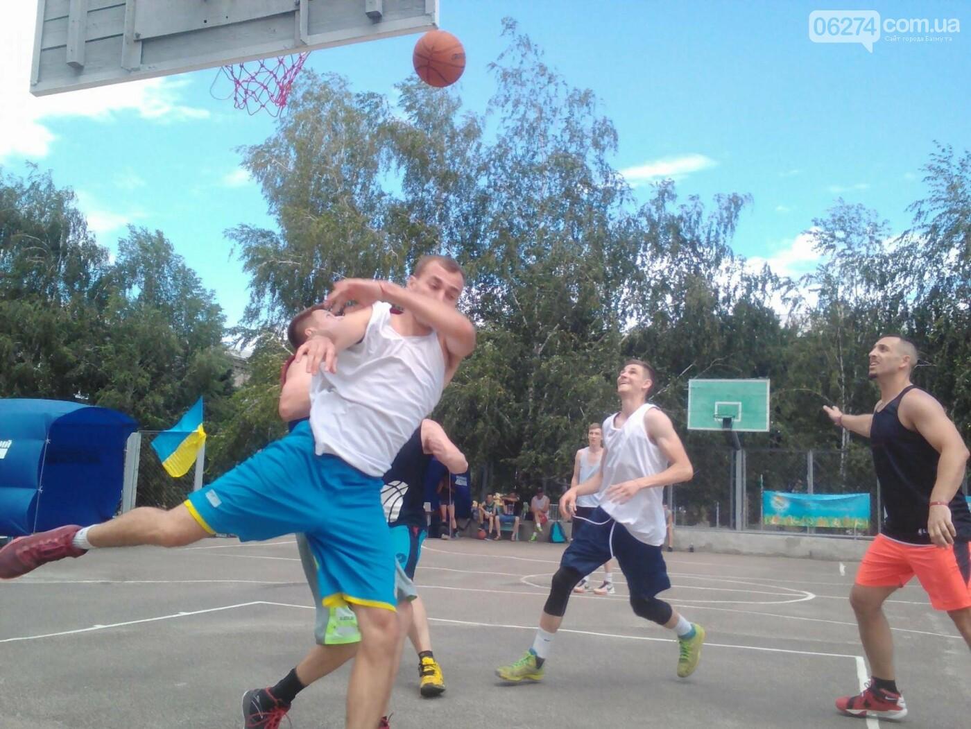 В Бахмуте прошел турнир по стритболу (ФОТО), фото-10