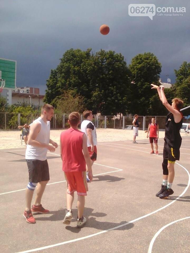 В Бахмуте прошел турнир по стритболу (ФОТО), фото-3
