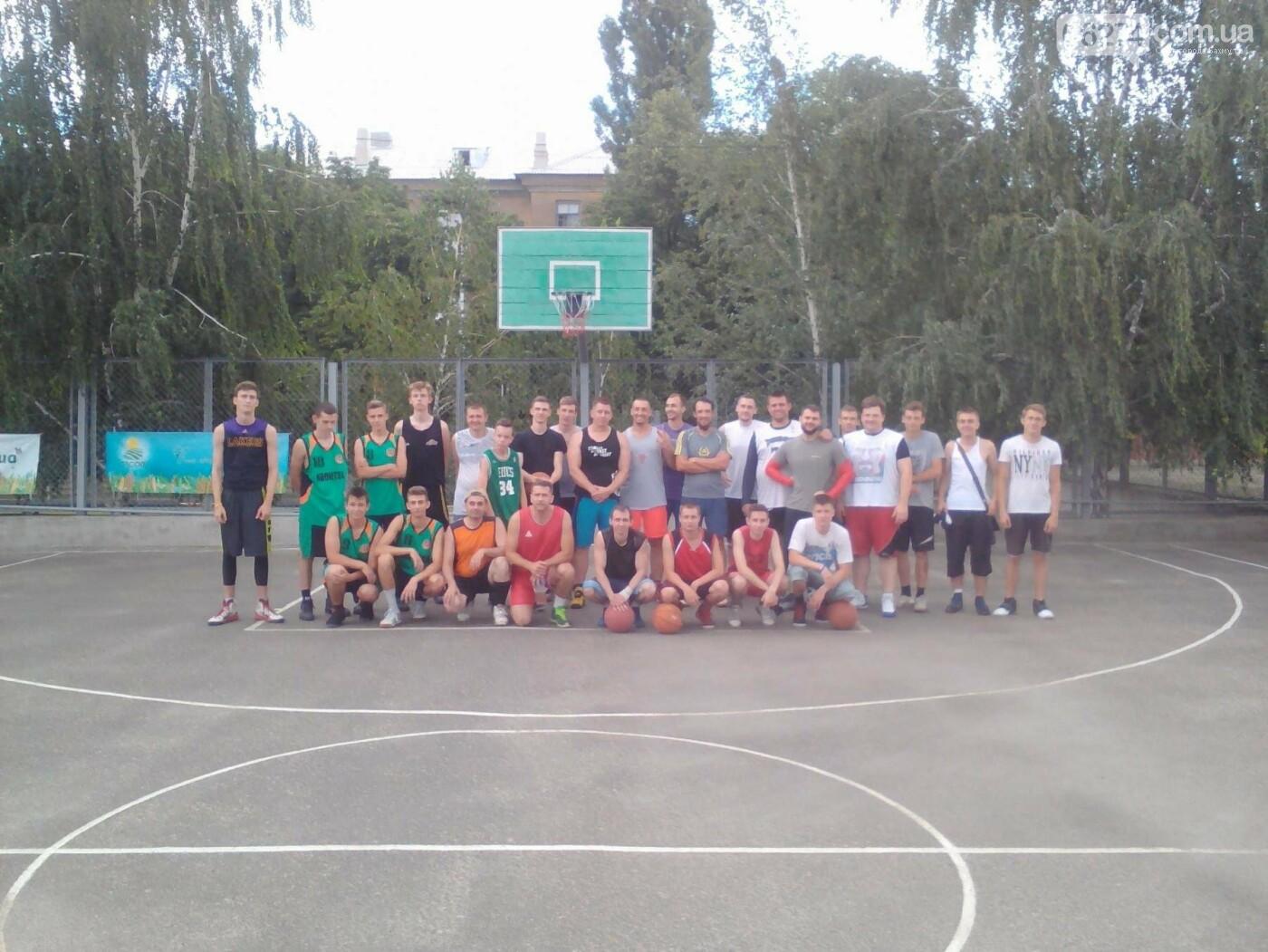 В Бахмуте прошел турнир по стритболу (ФОТО), фото-17