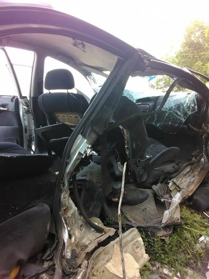 В Бахмутском районе в результате аварии три человека погибли, семь человек получили тяжелые травмы, фото-1