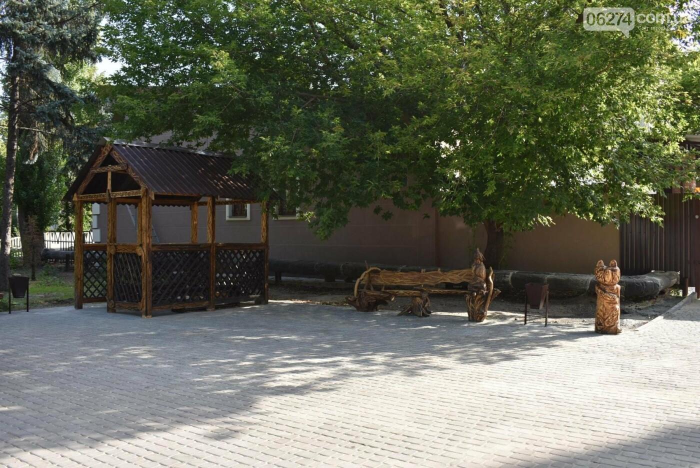 В Бахмуте продолжается реконструкция корпуса колледжа искусств имени Ивана Карабица, фото-4