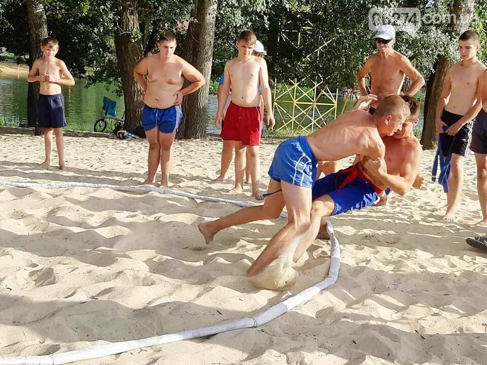 Бахмутчане завоевали «серебро» на областных соревнованиях по сумо, фото-1