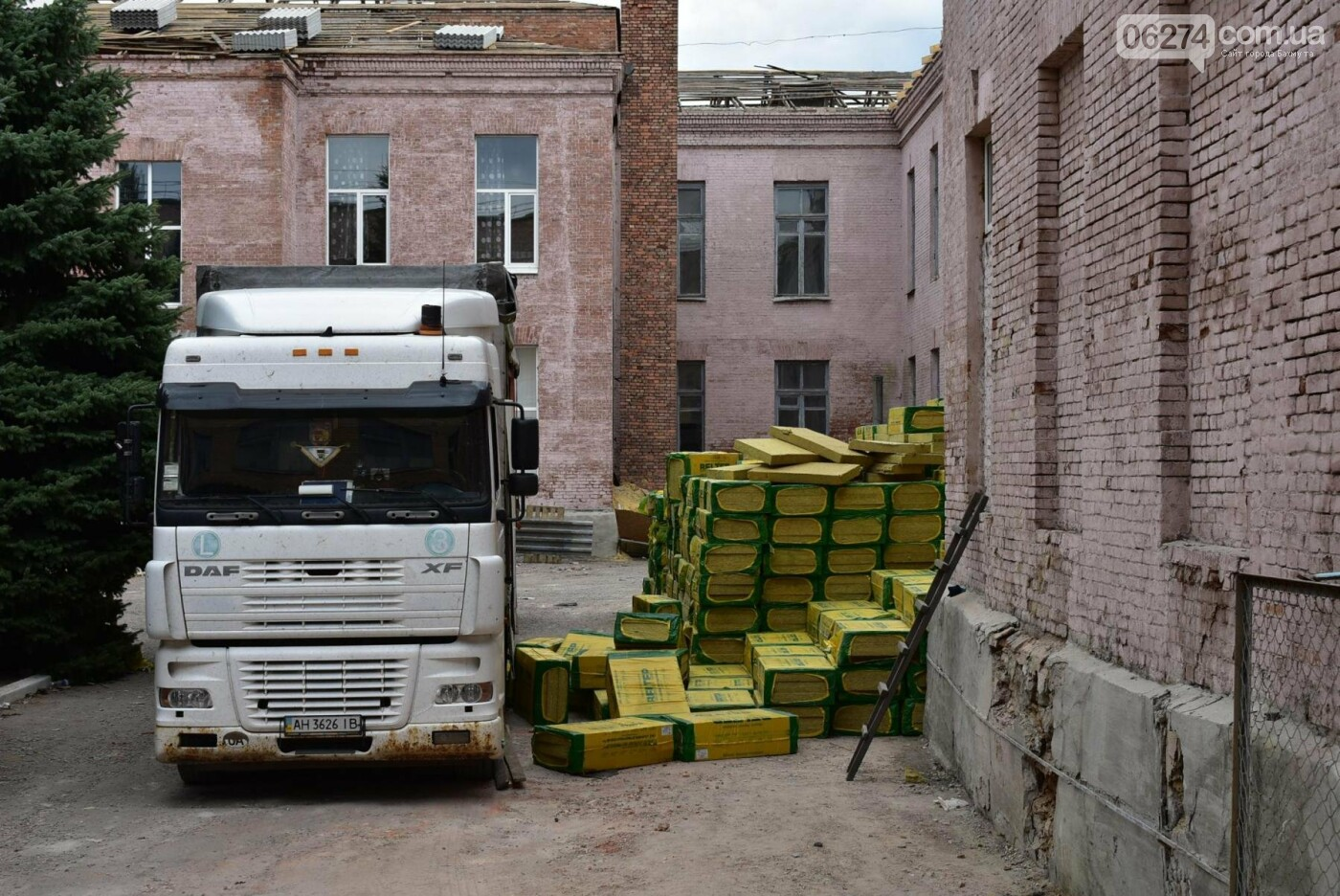 Безопасно или комфортно: на время ремонта двух школ бахмутчанам придется «потерпеть», фото-4