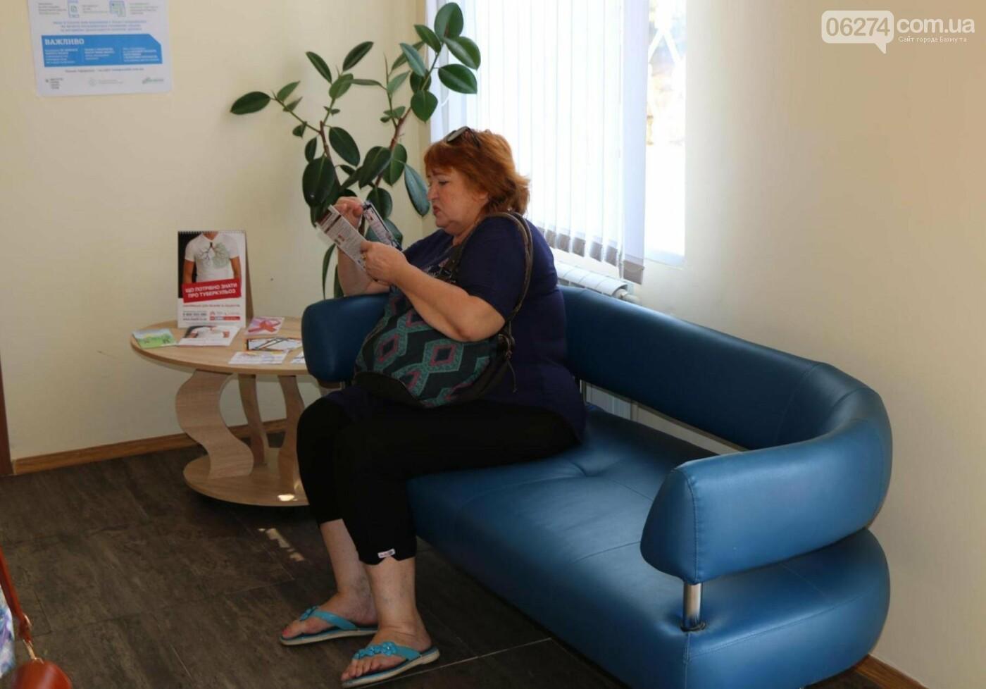 В Бахмуте открыли обновленную амбулаторию, фото-7