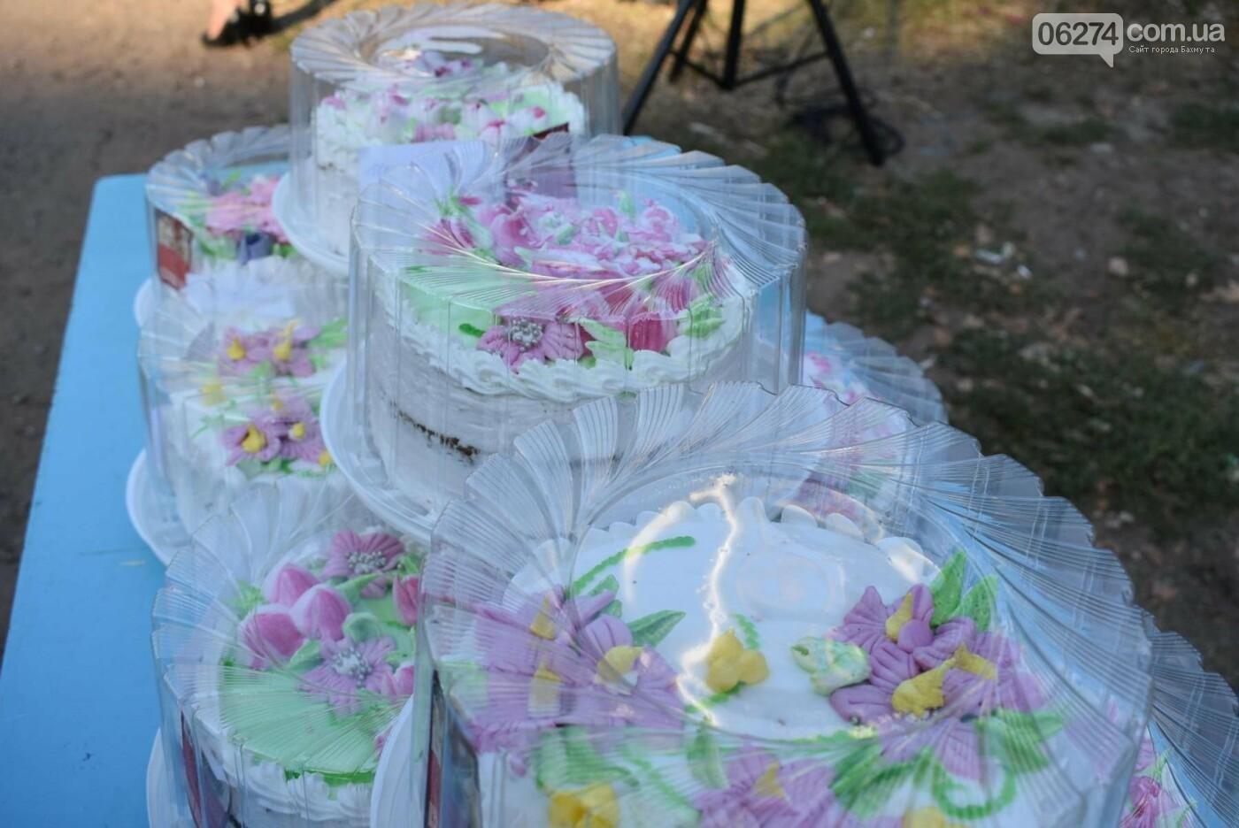 В Бахмуте продолжаются праздники дворов ОСМД, фото-2