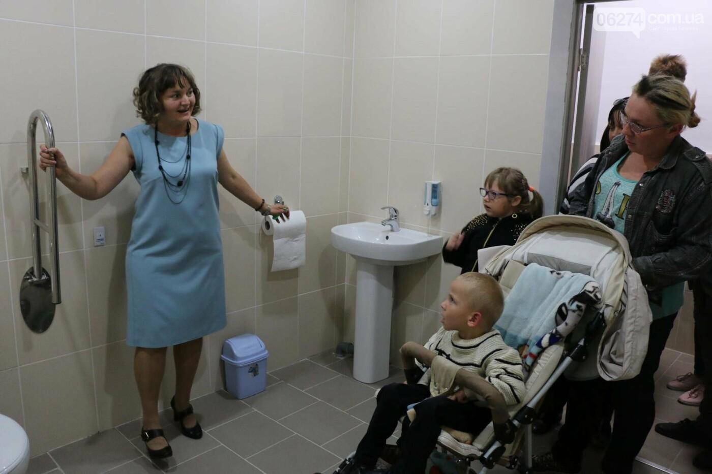 В Бахмуте открыт Инклюзивно-ресурсный центр для детей с особыми потребностями, фото-15