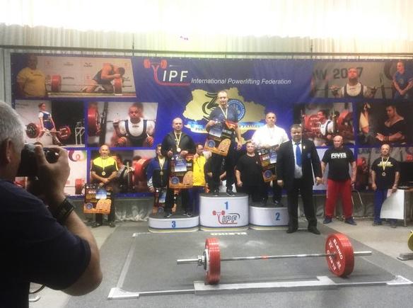 Бахмутские пауэрлифтеры стали победители чемпионата Украины, фото-1