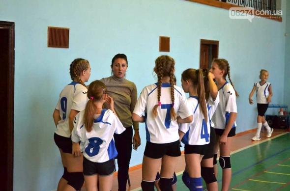 Юные волейболистки Бахмута – чемпионы Донецкой области, фото-1