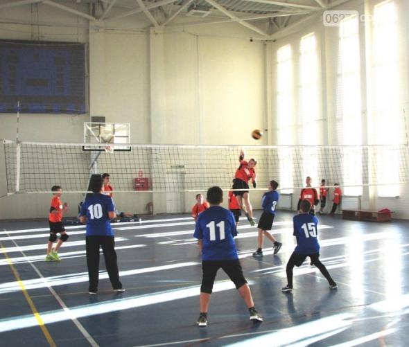 Юные волейболисты Бахмута завоевали «серебро» на областном чемпионате, фото-4