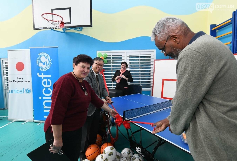 Делегация Посольства Японии в Украине посетила школы Бахмутского района, которые поддерживает ЮНИСЕФ, фото-1