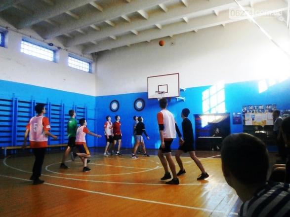 Баскетбольный ноябрь стартовал в Бахмуте, фото-1