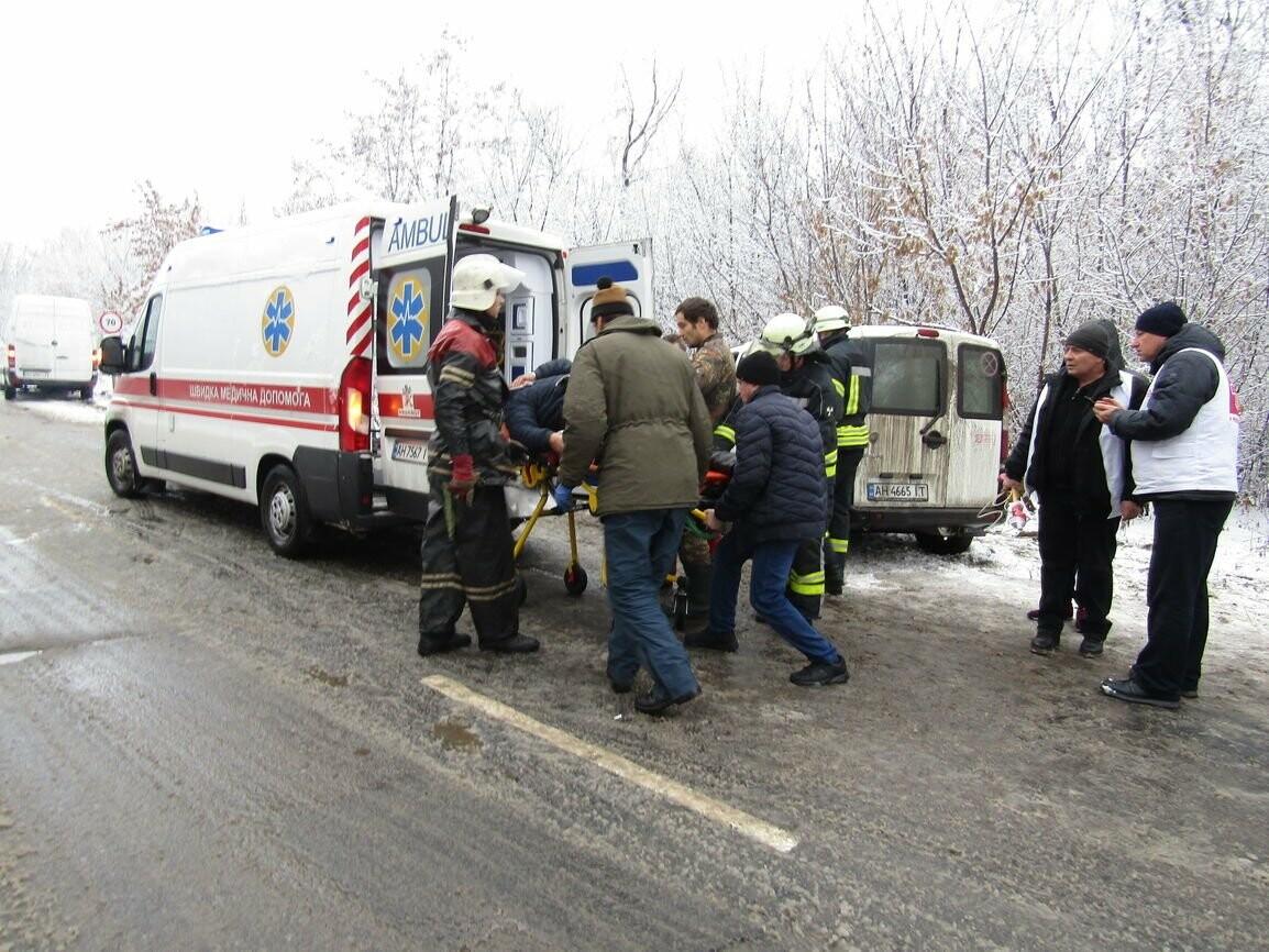 В Бахмутском районе в ДТП пострадали шестеро человек (ФОТО), фото-2