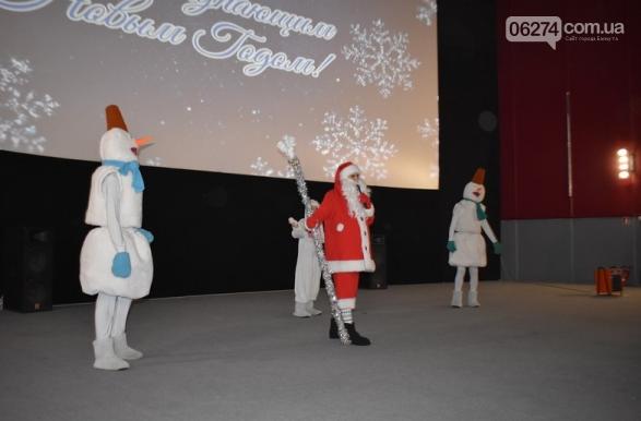 Одаренных детей Бахмута поздравили с новогодними праздниками, фото-8