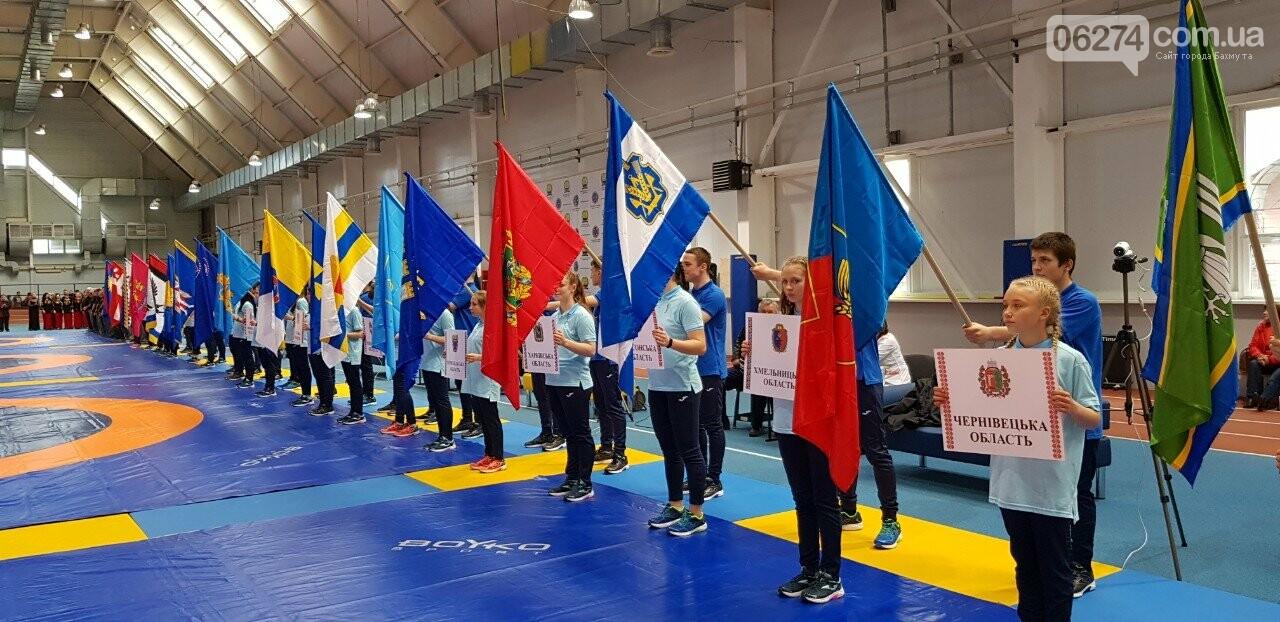 В Бахмуте проходит Чемпионат Украины по вольной борьбе, фото-1
