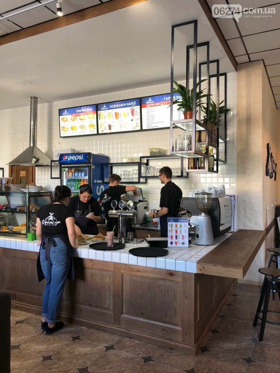 В Бахмуте открылась кофейня-пекарня «Франс.уа», фото-1