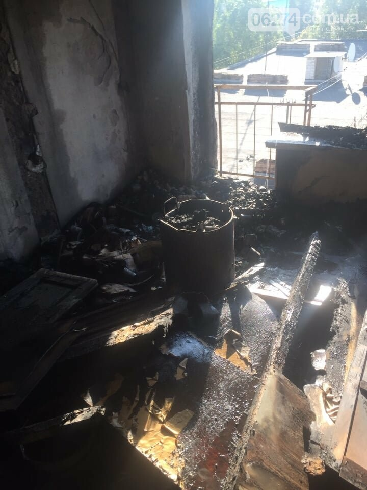 В Бахмуте в многоэтажке произошел пожар сразу в нескольких квартирах, фото-2