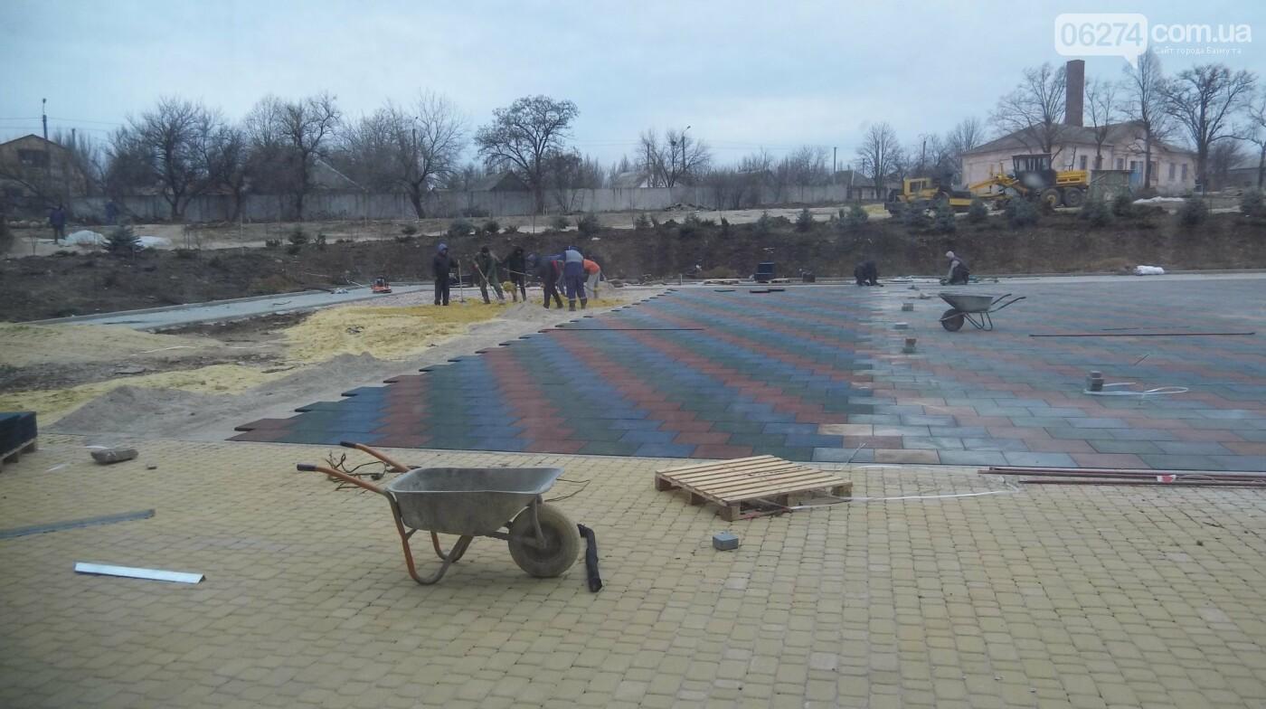 В Бахмуте продолжается реконструкция объектов инфраструктуры, фото-4