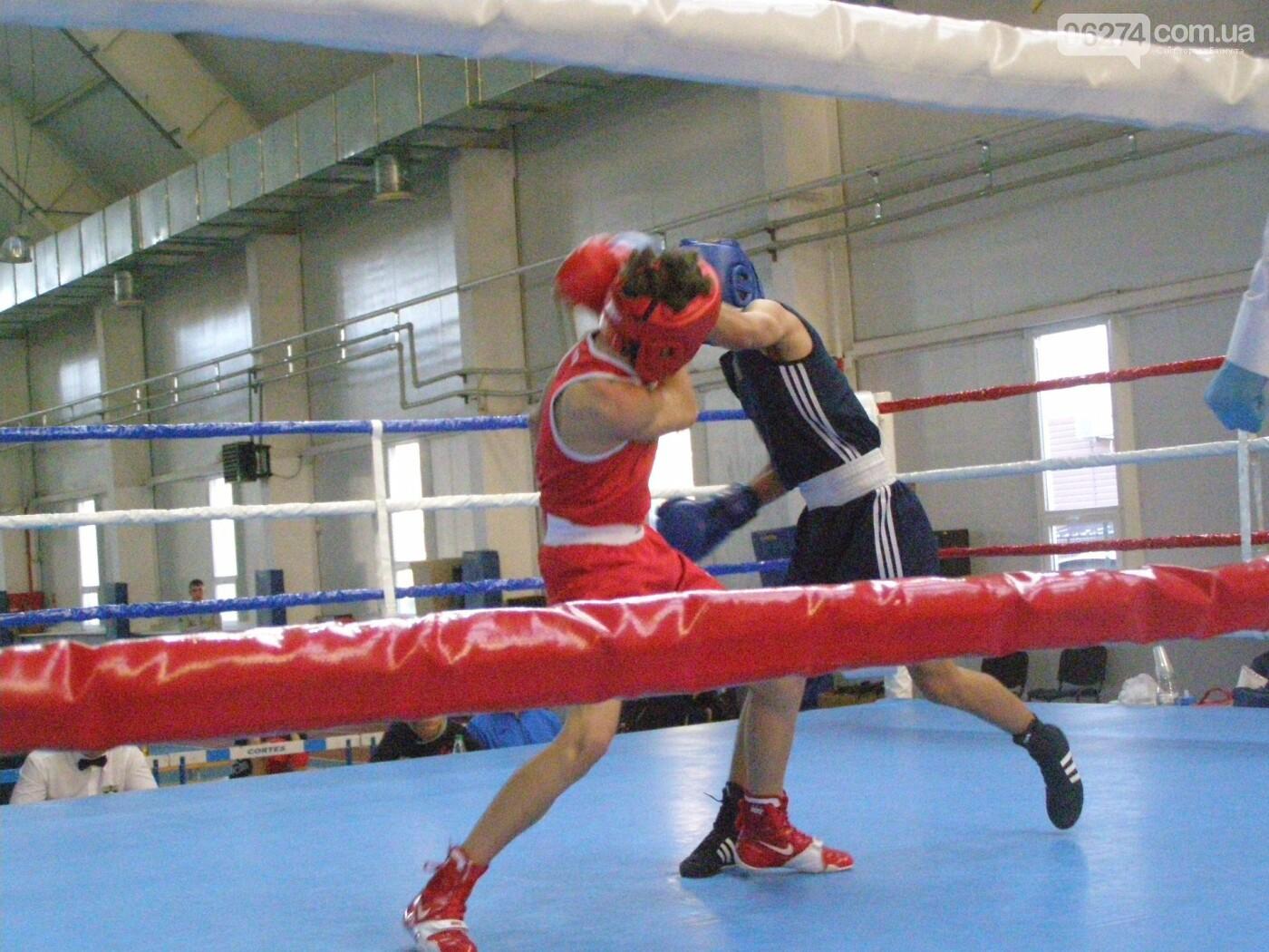 Боксеры Донетчины получили 15 наград всеукраинского турнира среди юниоров в Бахмуте, фото-3