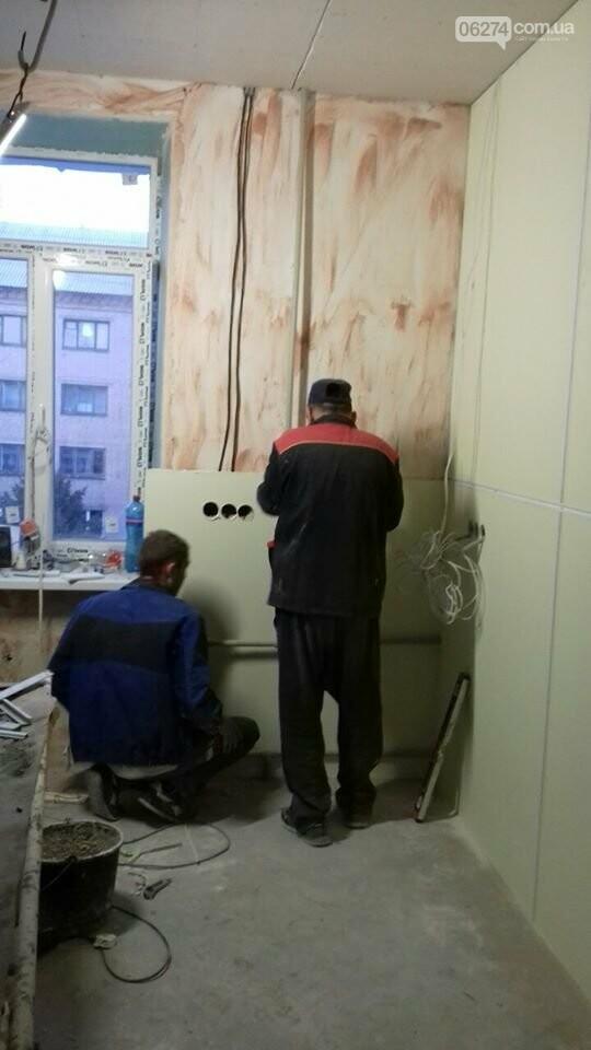 В Бахмуте продолжается реконструкция больницы, фото-6