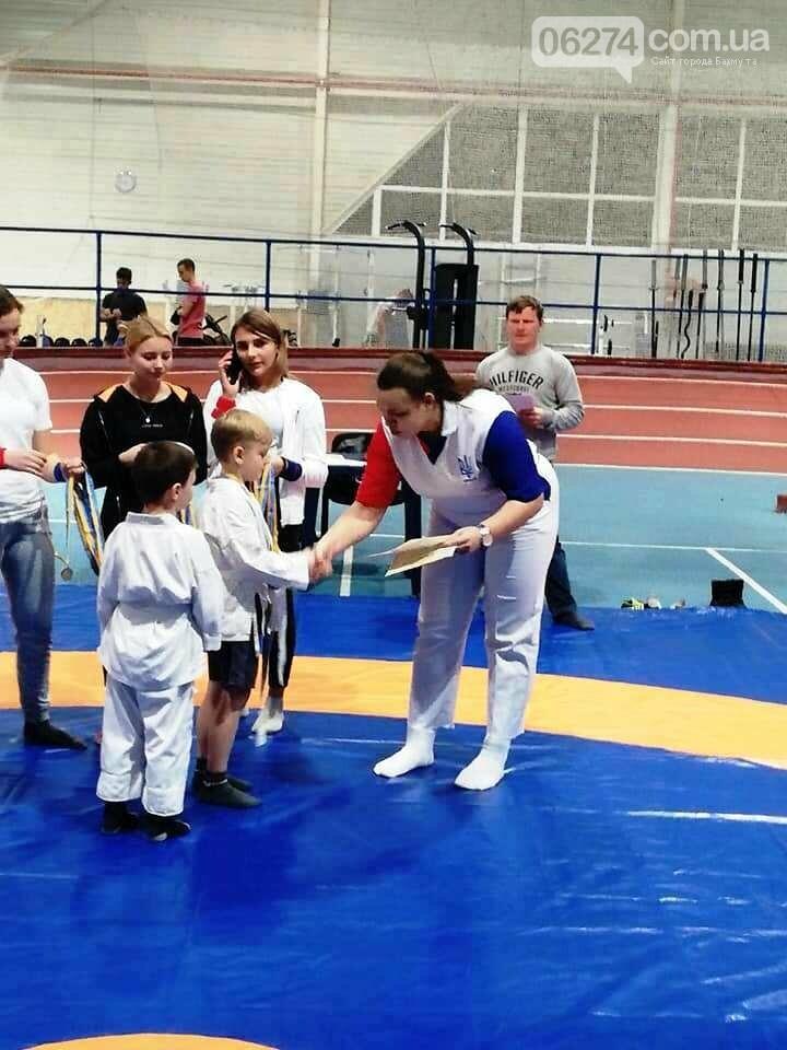 В Бахмуте соревновались маленькие самбисты, фото-2