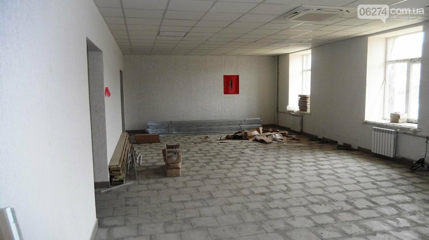 Мэр Бахмута проверил выполнение работ на объектах строительства в городе, фото-21