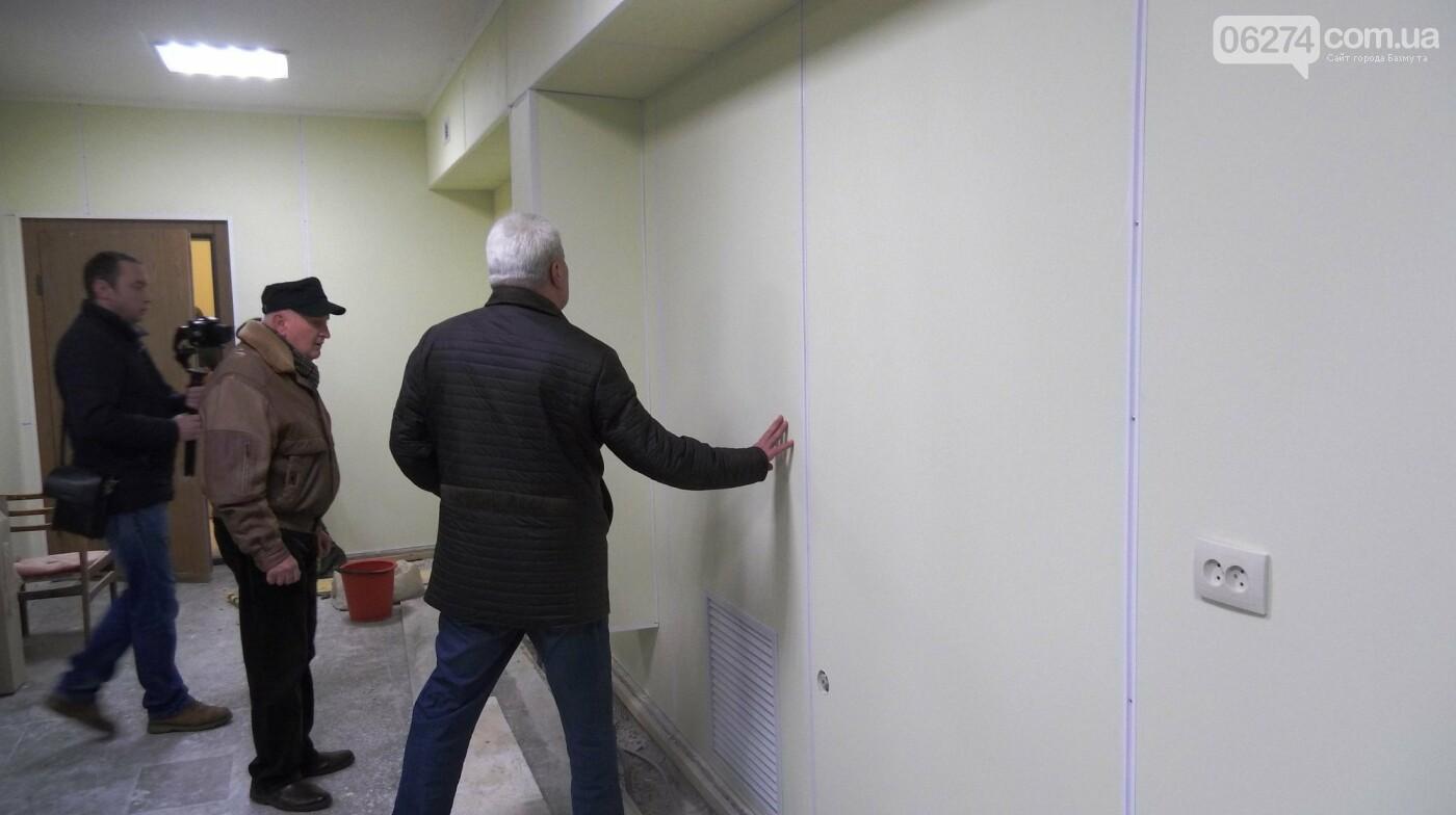Мэр Бахмута проверил выполнение работ на объектах строительства в городе, фото-8