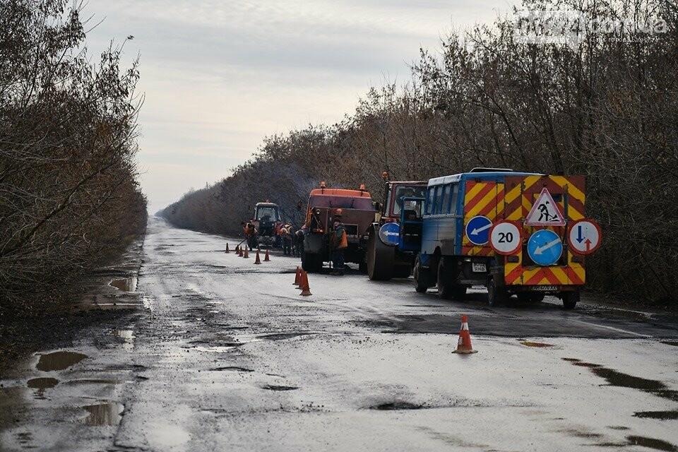 В Бахмутском районе ремонтируют проблемные участки дороги, фото-6