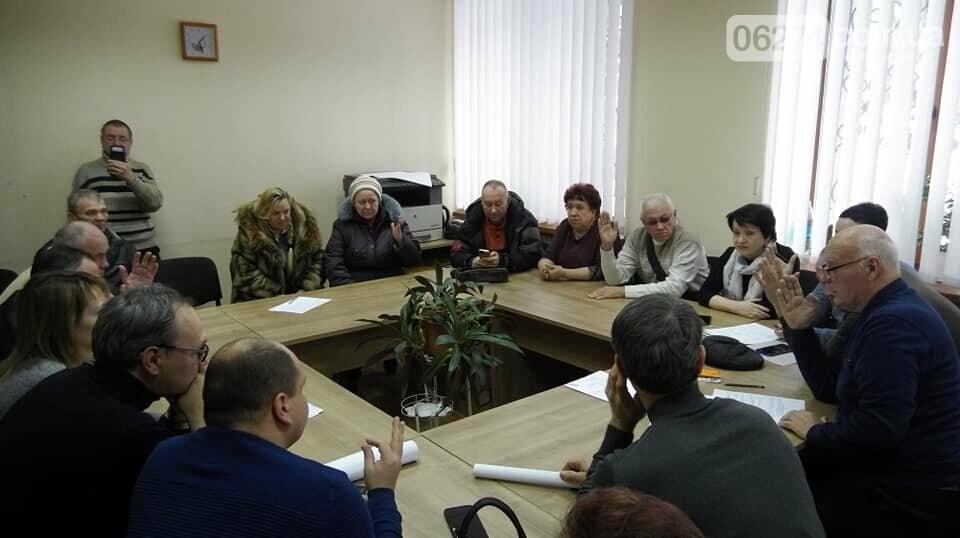 Жители Бахмута собрали 370 подписей против переименования улицы Горького, фото-5