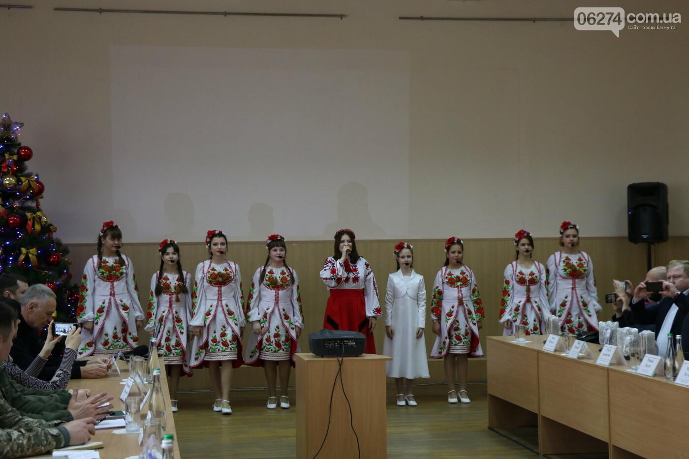 Городской голова Бахмута подписал Договор о сотрудничестве с громадой Салдусского края, фото-8