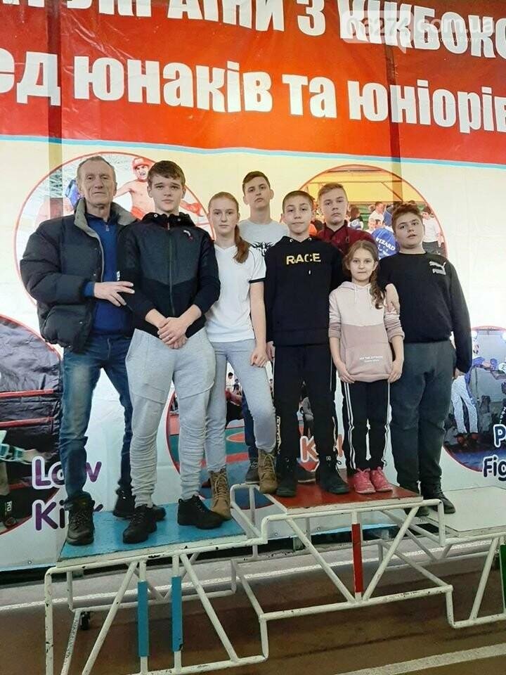 Бахмутчане завоевали призовые места на чемпионате Украины по кикбоксингу, фото-1