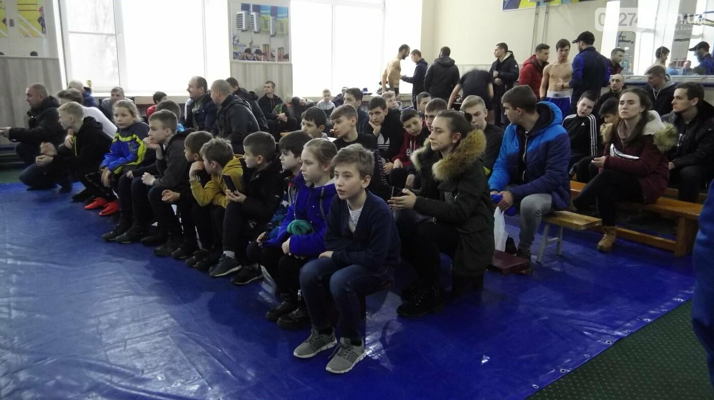 В Бахмуте состоялось открытие чемпионата области по кикбоксингу, фото-2