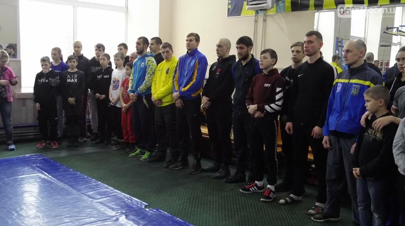 В Бахмуте состоялось открытие чемпионата области по кикбоксингу, фото-5