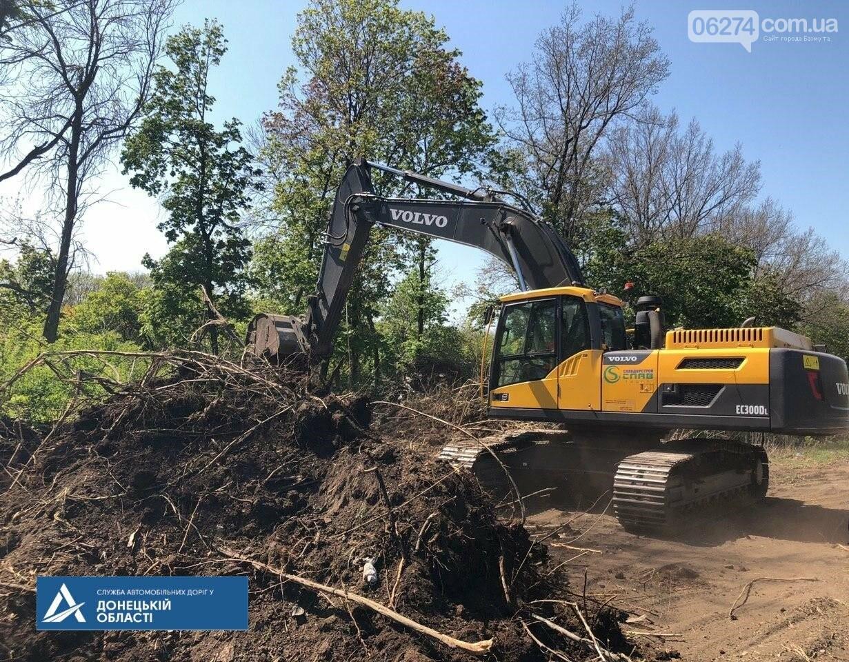 Начался ремонт участка трассы от Славянска до Бахмута, фото-2