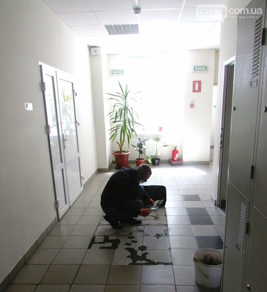 В бахмутском «Металлурге» во время карантина идет ремонт, фото-1